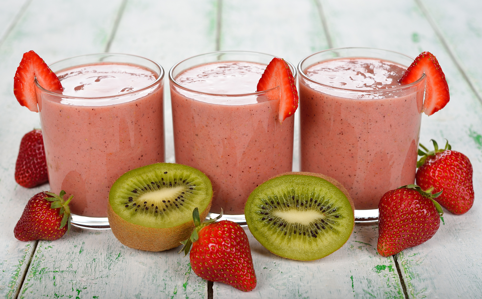 smoothie november 6 2015 kevin 0 comments kiwi smoothie strawberry